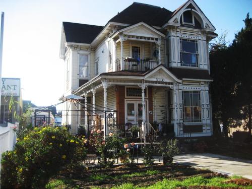 victorianlhhouse