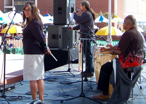 18 Marisela and Band