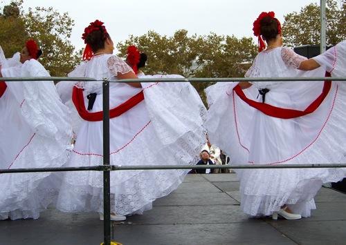 6 Dancers